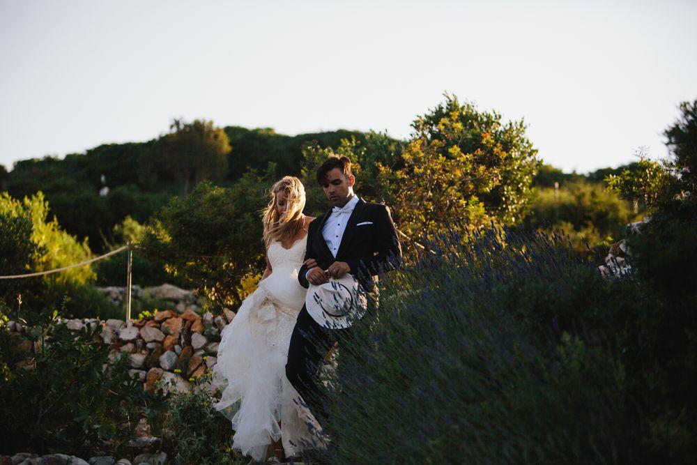 Wild-wedding-in-dubrovnik-wedding-photographer-Alyssa-Davor-DTstudio-009