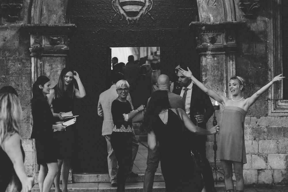 Wild-wedding-in-dubrovnik-wedding-photographer-Alyssa-Davor-DTstudio-013