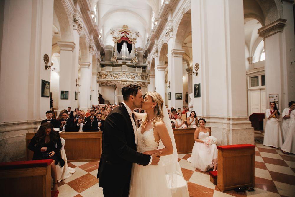 Wild-wedding-in-dubrovnik-wedding-photographer-Alyssa-Davor-DTstudio-058