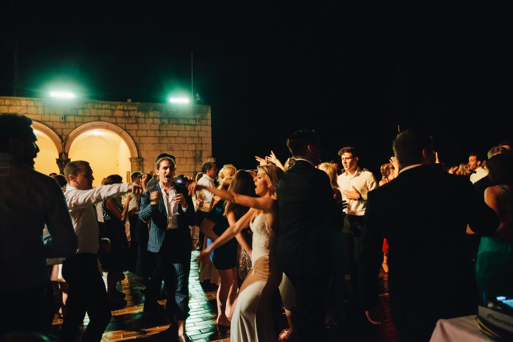 Wild-wedding-in-dubrovnik-wedding-photographer-Alyssa-Davor-DTstudio-093