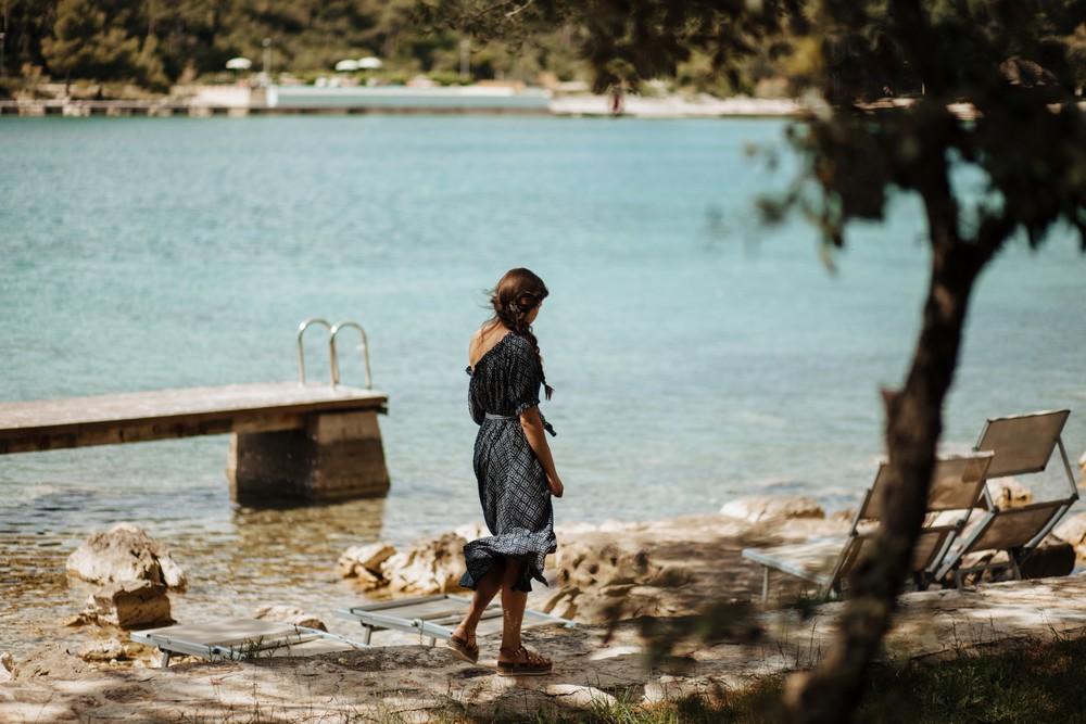 croatia_wedding_beach_ceremony_outdoor_venue_crvena_luka_016