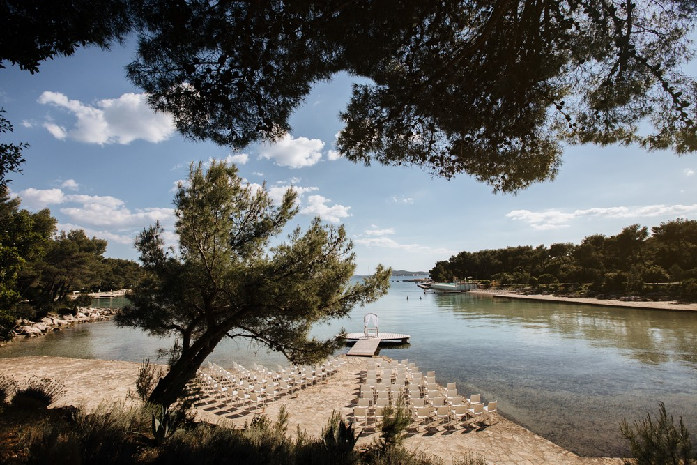 croatia_wedding_beach_ceremony_outdoor_venue_crvena_luka_026