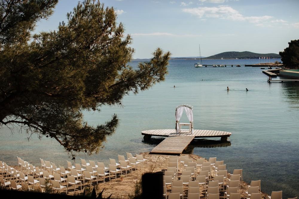croatia_wedding_beach_ceremony_outdoor_venue_crvena_luka_027