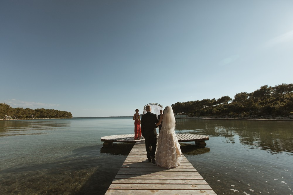 croatia_wedding_beach_ceremony_outdoor_venue_crvena_luka_028