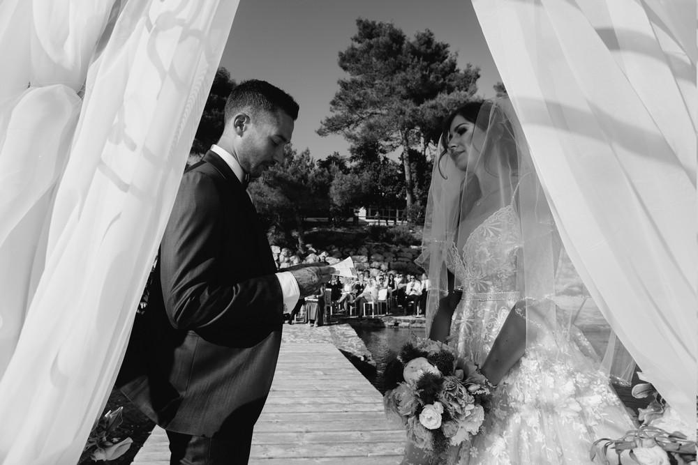 croatia_wedding_beach_ceremony_outdoor_venue_crvena_luka_033