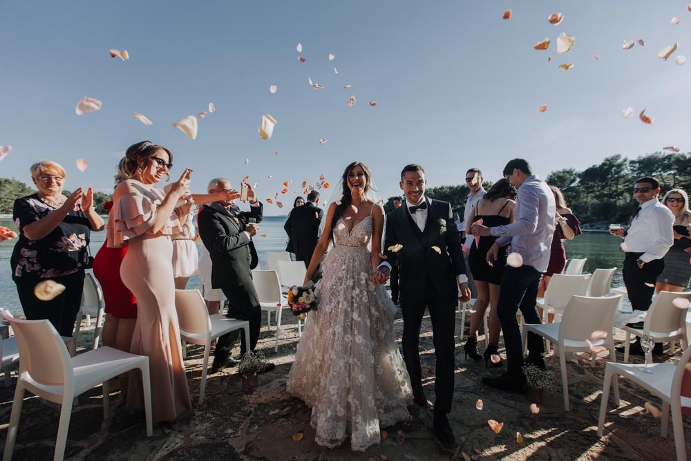 croatia_wedding_beach_ceremony_outdoor_venue_crvena_luka_037