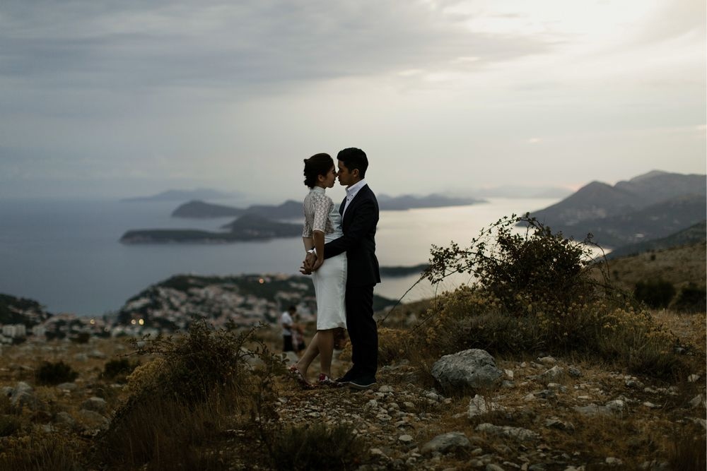 Evening photo session in Dubrovnik. An engagement photo session during the Sunset in Dubrovnik, in front of the photo Camera of Dubrovnik Photographer, DTstudio