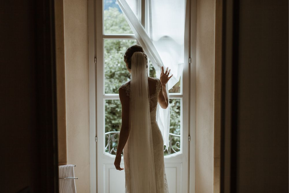 Bride getting ready at Villa Gippini, Lake Orta. Photo by DTstudio Italy wedding photographer Image by Lake Orta Wedding Photographer & Videographer