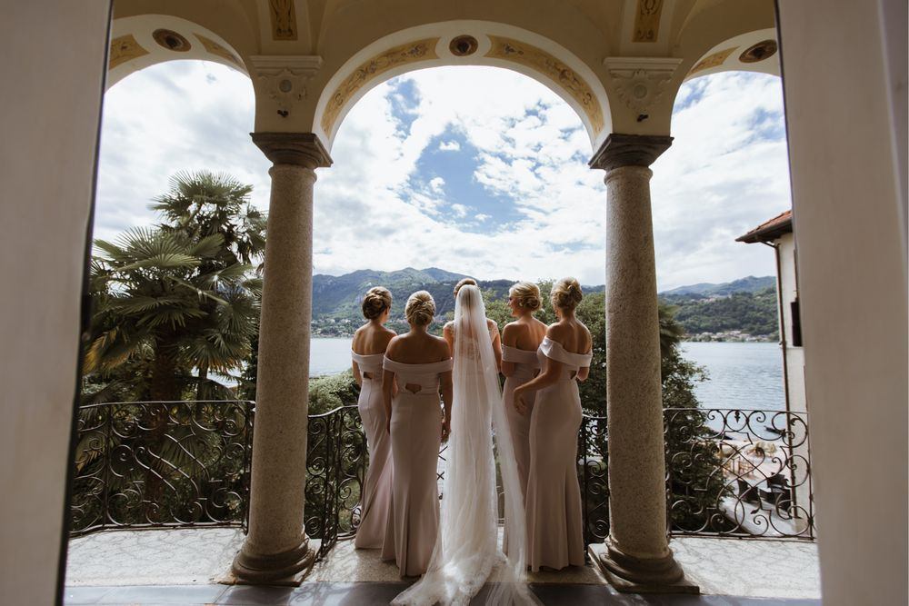Bridesmaids in the Villa Gippini - Hotel san Rocco, Lake Orta, Italy. Photo by DTstudio Lake Como wedding photographer © Lake Orta Wedding Photographer