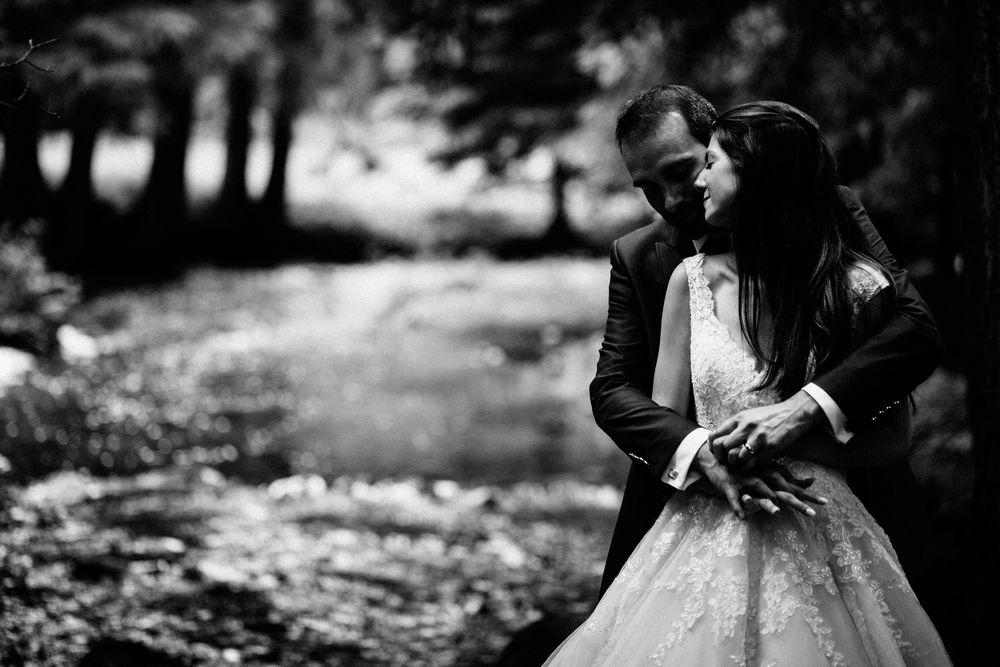 Wedding in Switzerland, moment during photo shooting by DTstudio, Switzerland photographer and videographer.