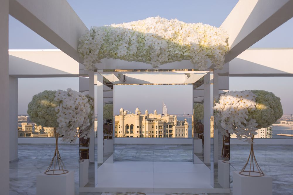 Beautiful outdoor weddings Dubai captured by Dubai wedding videographer