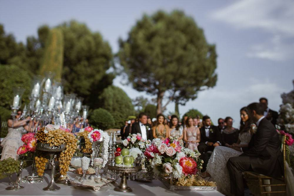 Luxury Persian Sofreh Aghd on Malaga wedding in Spain. Captured by Spain wedding photographer and videographer in Malaga.