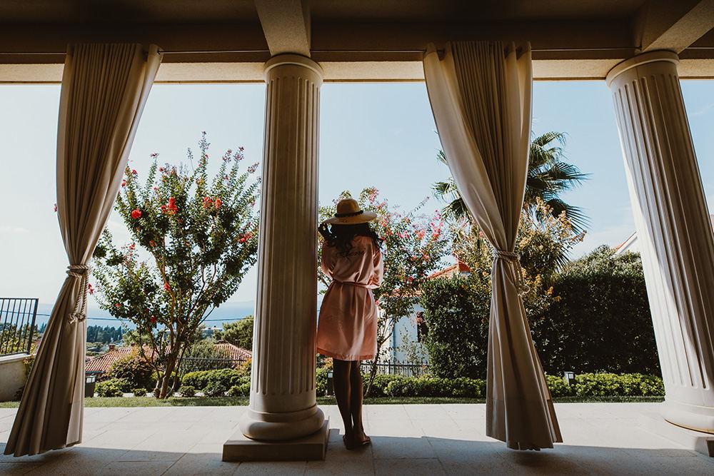 Split wedding villas
